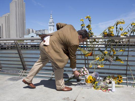 Photo: Beck Diefenbach / AP